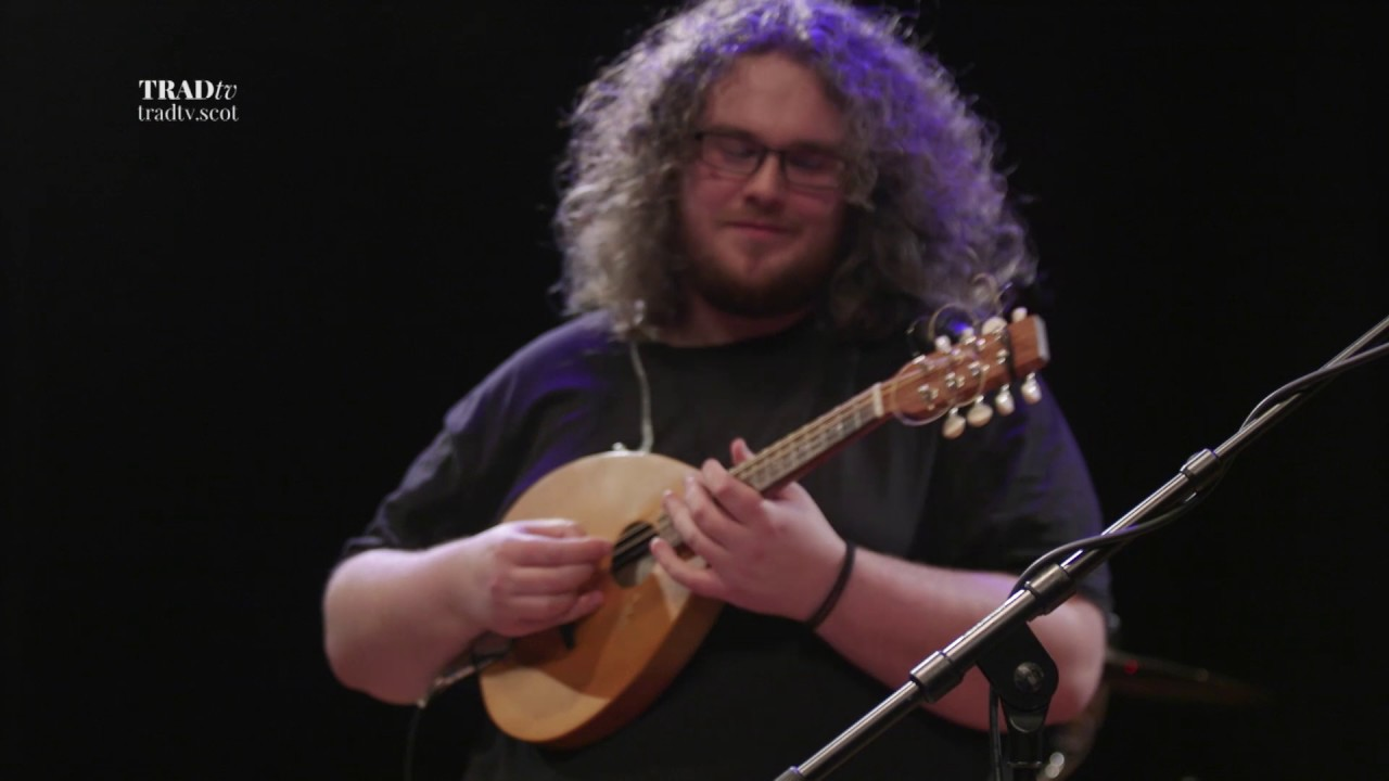 Elephant Sessions perform Tingles at The Tolbooth, Stirling (The Visit 2017)