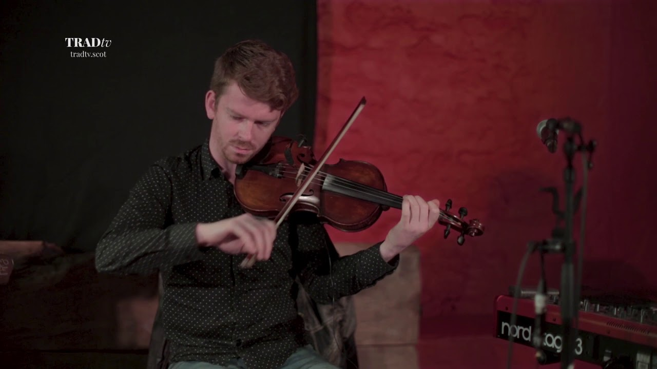 Ross Couper and Tom Oakes – Set of Marches (Live at Glenturret Distillery, The Visit 2018)
